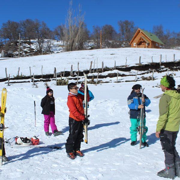Turismo en icalma con alojamiento en cabañas y tinajas calientes en la araucania